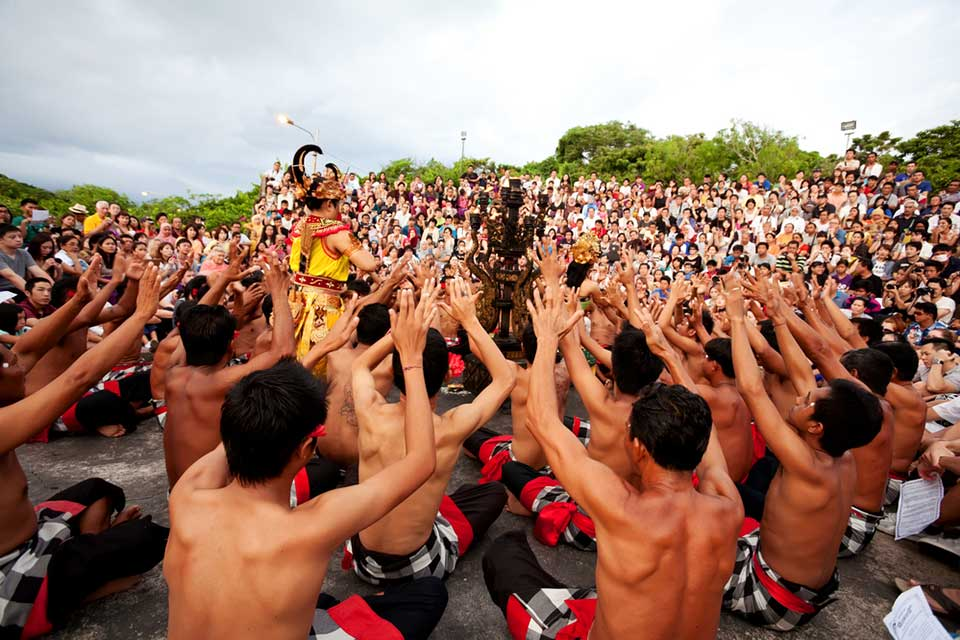 Kecak Dance - Ubud VW Tour